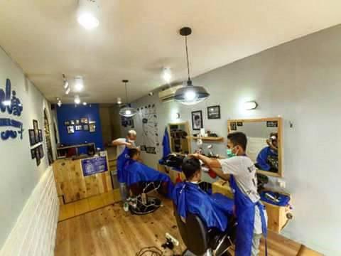 Coolio Barbershop Malang