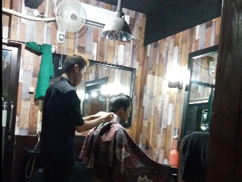 ORYX Barbershop Malang