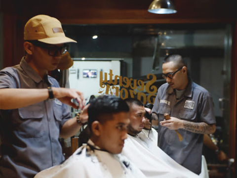 Seventy Razors Barbershop Malang