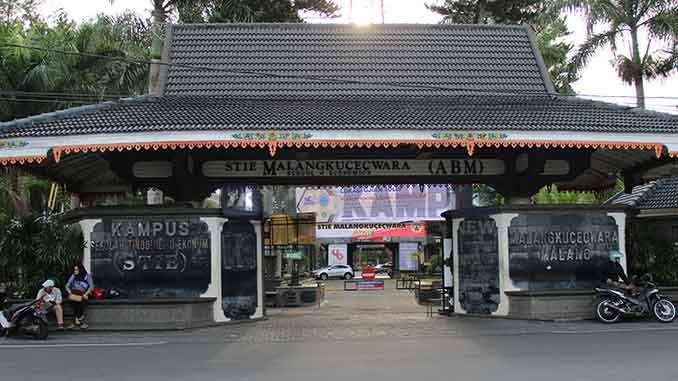 STIE Malangkucecwara